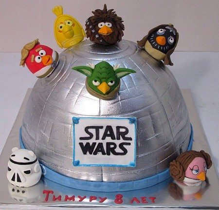 ZVEZDNUE VOYNU ZLUH PTIC Angry Birds Star Wars